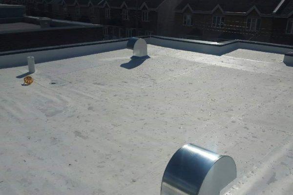 toit blanc, membrane TPO, réfection complète, garantie RedShied,écologique, toit plat de qualité, soumission 100% gratuite, Polyoléfine thermoplastique, drain crépine, col de cygne, parapets